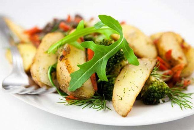 Картофельный салат на гриле
