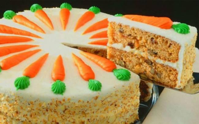 Морковный торт с финиками