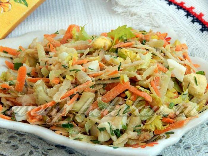 Отбивные из кабана и салат из сельдерея