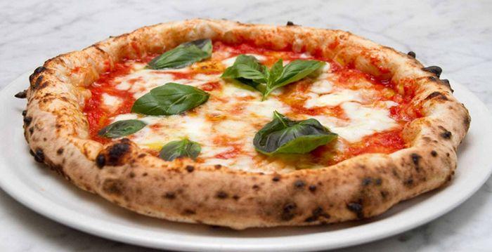 Простой рецепт неаполитанской пиццы