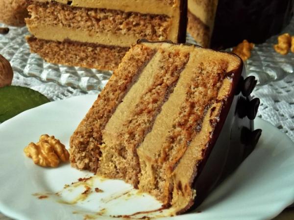 Старопольский орехово-кофейный торт
